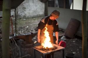 Premier feu du forgeron T © Sacha Lenormand