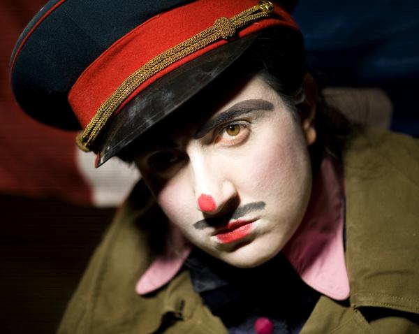 Portrait de Rafaële Arditti, pour Sarkophonie  photo : © Sacha Lenormand photographe Paris
