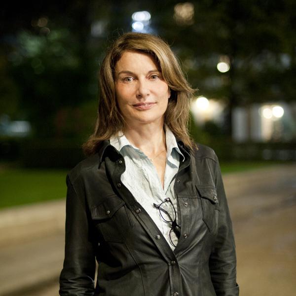 Véronique Bizot, Ecrivain. Lauréate du Prix du Style 2011. Photographie © Sacha Lenormand
